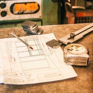 plan, mètre, trusquin, acier atelier Métal'Rine