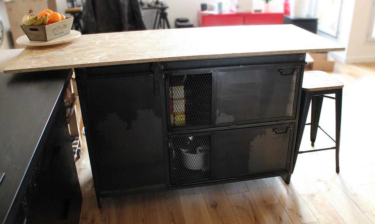 buffet industriel amel m tal 39 rine. Black Bedroom Furniture Sets. Home Design Ideas