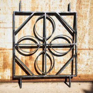 Grille décorative de protection en acier brut cauris inspiration des motif africain