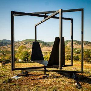 Sculpture mobile à 360° pour jardin vue ouverte Métal'Rine