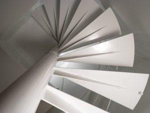 Escalier Hélicoïdal vue de dessous réaliser sur mesure
